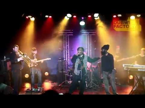Earl Sixteen meets Derajah   Live   11 04 2013   Chase the devil