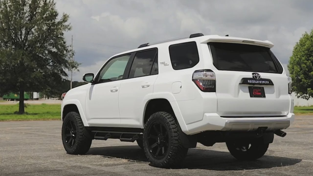 3 inch Suspension Lift Kit by Rough Country for Toyota 4Runner
