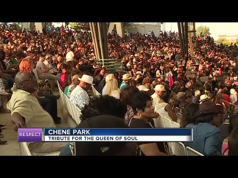 Thousands pack Chene Park for star-studded tribute concert honoring Aretha Franklin Mp3