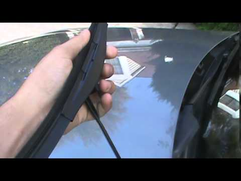 Mercedes c class wiper replacement youtube for Mercedes benz c300 wiper blades