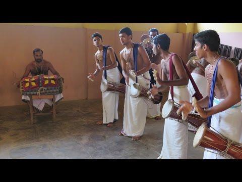 Panchavadyam Class @ Kalamandalam Art School, Kerala, India | Sunshine.bg