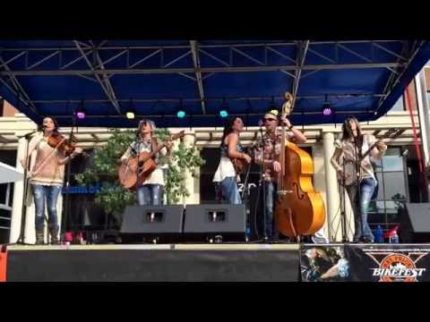 The Wells Band - Wagon Wheel - 11-27-14 -Ray Price Captial City Bikefest