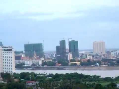 Phnom Penh Capital situates along the intersection of Mekong and Tonle Sab Rivers, Cambodia