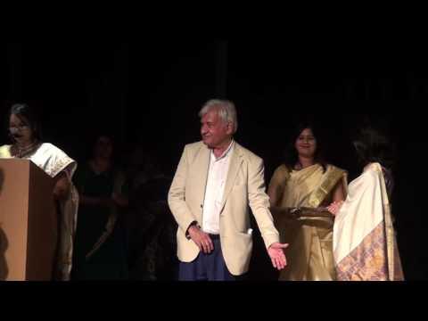 Indore artists receiving awards - 24