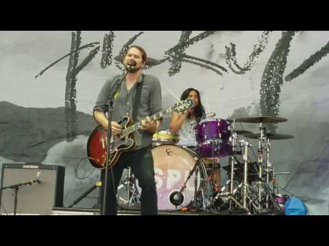 Silversun Pickups-Well Thought Out Twinkles Live @Festival Pier Philly Pa 6/25/17
