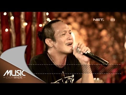 Ipang & Anda - Message in A Bottle (The Police Cover) - Music Everywhere