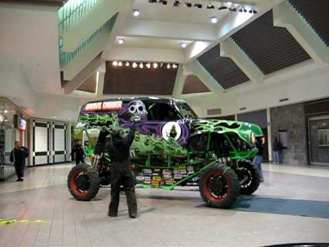 Grave Digger Leaving The Mall Youtube