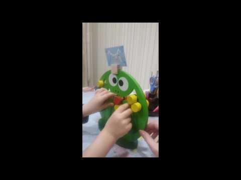 Марк собирает Логическая игра Лягушка от КФДИ   (3г9мес)