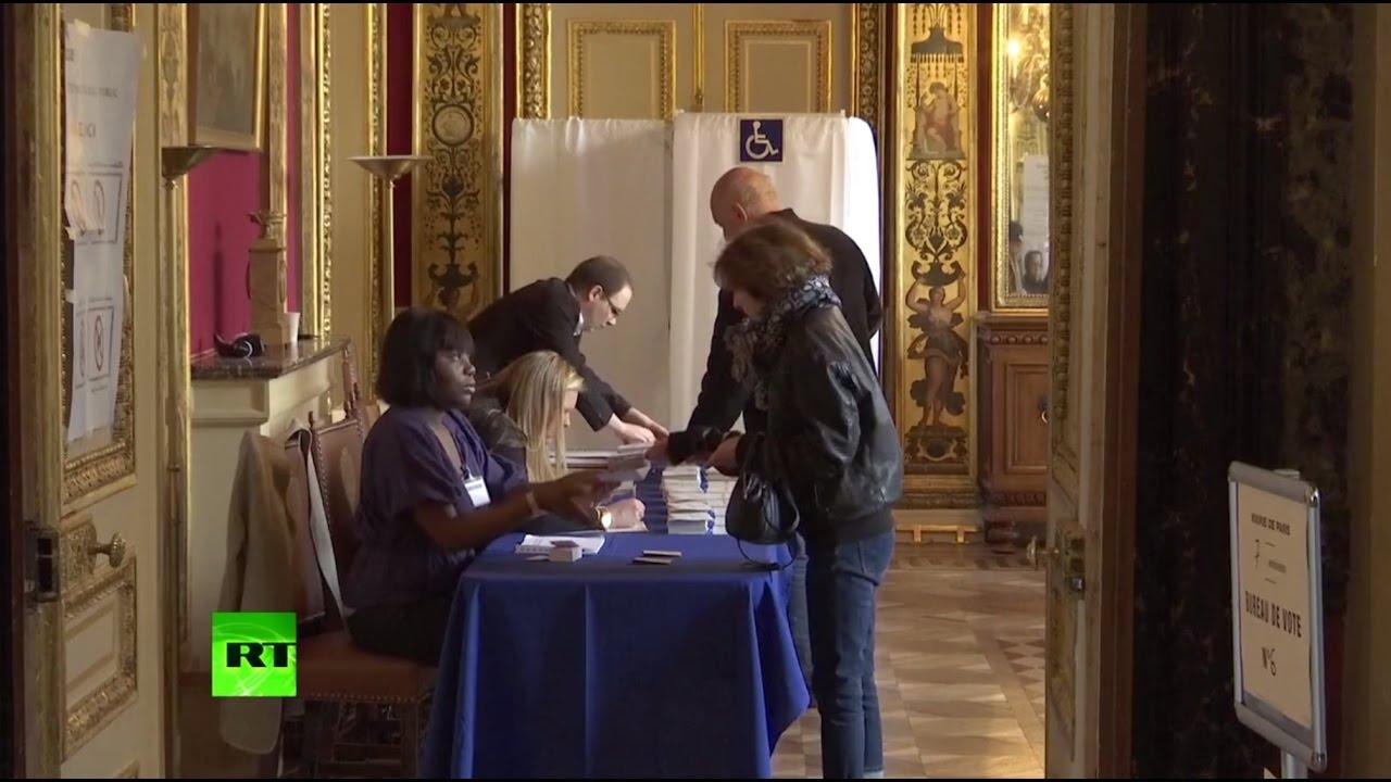 Франция выбирает президента: избирательные участки начали свою работу