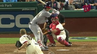 WSH@PHI: Harper shaken up after being hit by pitch