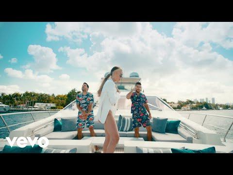 Смотреть клип Cali Y El Dandee, Danna Paola - Nada