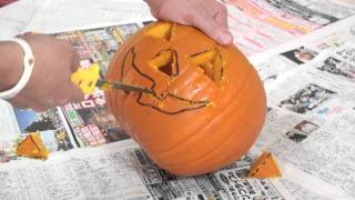 How to make a jack o lantern with Marty Moose
