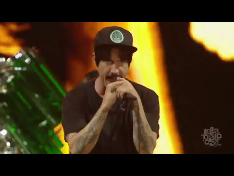 Red Hot Chili Peppers  Dani California   Lollapalooza Chicago 2016 HD
