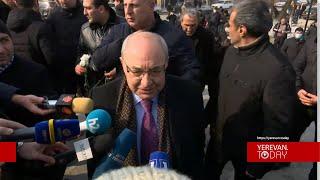 Հրաժարական միևնույն է, լինելու է, չի կարող այդ մարդը այդտեղ մնալ, չենք թողնի. Վազգեն Մանուկյան