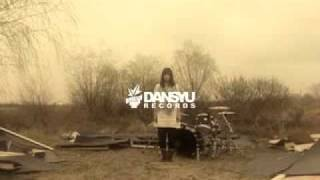 THE LOCAL ARTラブソングのPV。 2010.4.25のライブ会場から発売したライ...