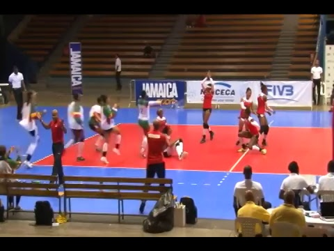 Volleybal live vanuit Jamaica kwart finale : Martinique - Suriname