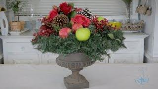 Flowers & Floristry Tutorial: Christmas Wreath Designs