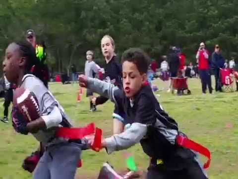 Youth Flag Football - Unstoppable 10 Yr Old Girl (Must See Video!!!)