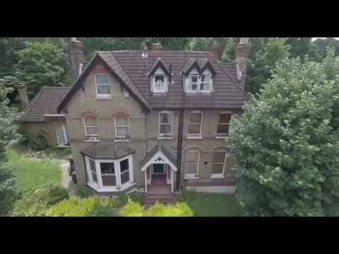 London  Split Level Flat For Sale