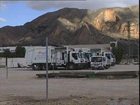 El vertedero no deja entrar a los camiones de la basura por el ...