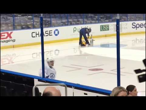 Tomas Plekanec on ice first time as Toronto Maple Leaf - February 26, 2018