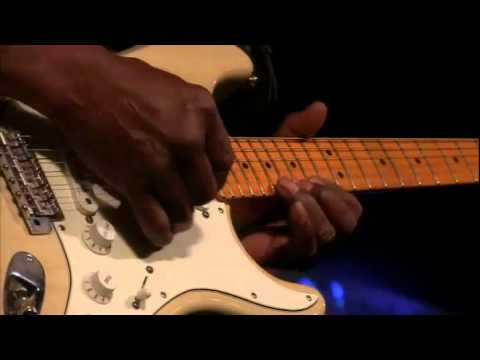 Buddy Guy Imitates Jimi Hendrix