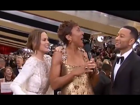 Oscars 2017: Chrissy Tiegen, John Legend Surprise Robin Roberts | ABC News