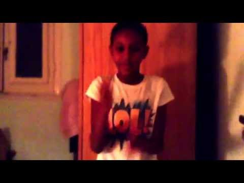 T doing the abc hit it clapping game FAILURE!!!!!!!!