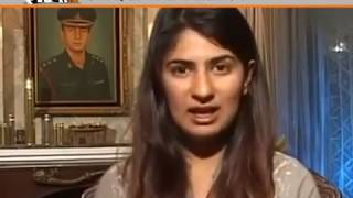 Video DU Violence: Gurmehar Kaur gets dead and rape threats, claims ABVP download MP3, 3GP, MP4, WEBM, AVI, FLV November 2017