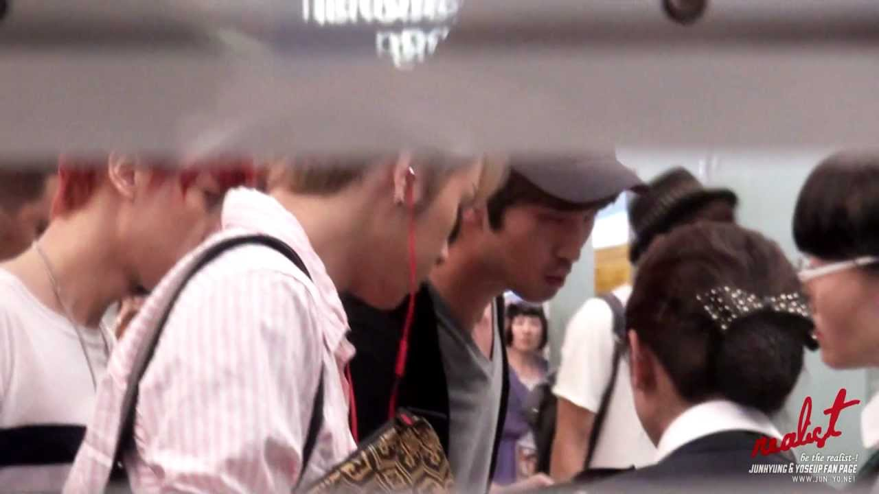 Download [120622 Incheon airport] Junhyung & yoseop