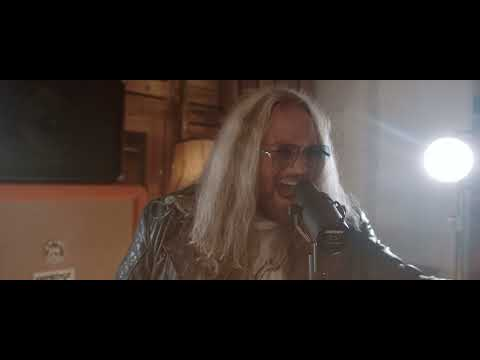 """Inglorious - """"Barracuda"""" (Heart cover) - Official Music Video"""