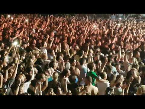 Arctic Monkeys - RU Mine ? (live @ O2 London, September 10, 2018)