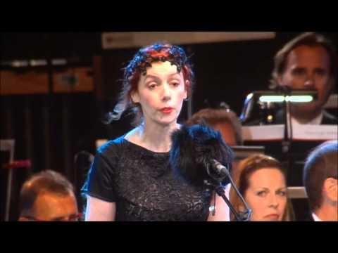 "Candide ""Glitter and be gay"" Patricia Petibon • Un violon sur le sable"
