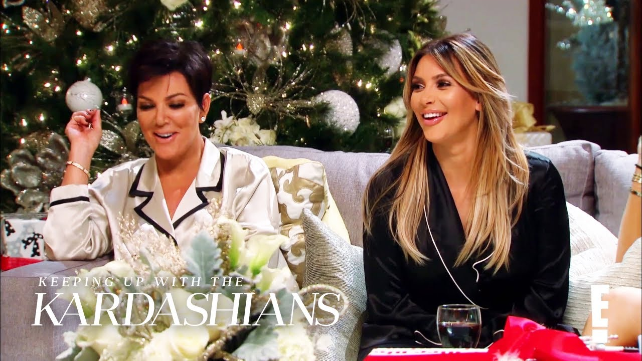 Happy Holidays With the Kardashians | KUWTK | E!