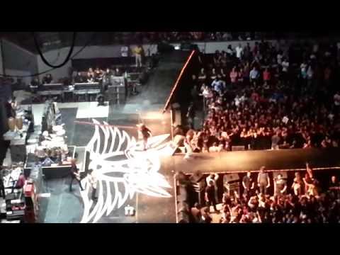 Aerosmith live in Manila 2013 - 1st 6 songs