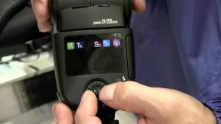 ニッシンは、開発中のクリップオンストロボ「スピードライトDi700」を参...