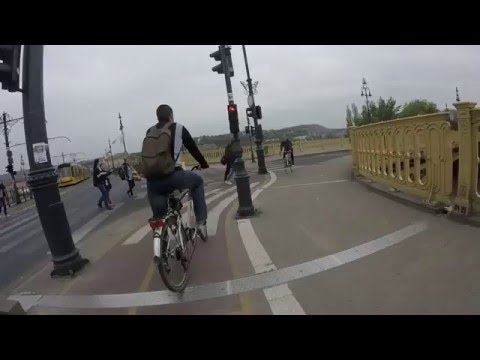 Morning commute in Budapest