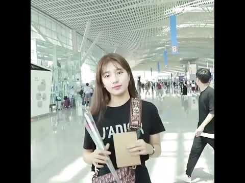 배수지 Suzy heading to Singapore for Dior event