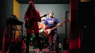 """YELLOW CARD"" MSK-COVER BY THE FAMILY FRIENDLY CRIMINALS. 11/30/18 @THE BEE TAVERN"