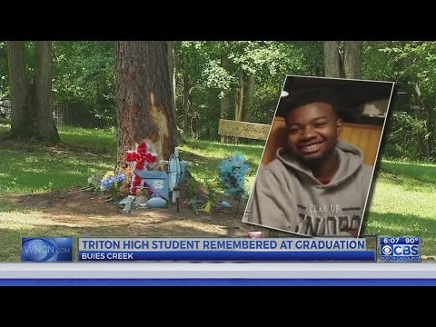 Harnett County senior remembered at graduation after teen friends die in crash