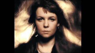 Watch Sandy Denny Silver Threads And Golden Needles video