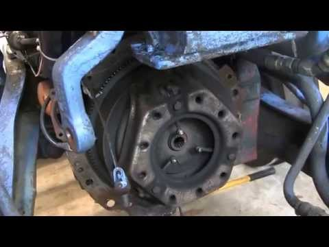 HOW TO REMOVE AND REPAIR A FORD TRACTOR TRANSMISSION WITH