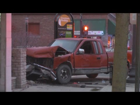 Chase ends in South Main Street crash