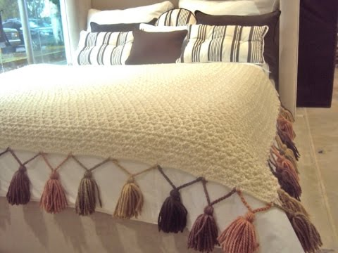 Pie de cama tejido en crochet y dos agujas youtube for Mantas de lana hechas a mano