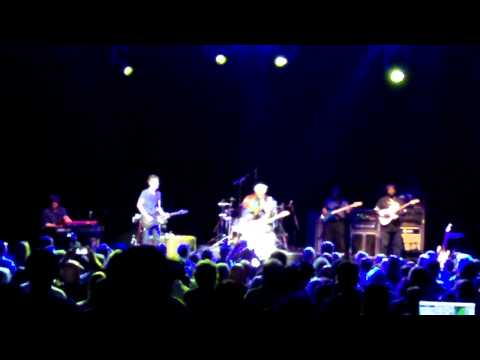 "Buddy Guy & Johnny Lang ""Mustang Sally"" Live @ The Capitol Theater, Port Chester, NY 9-9-2012"