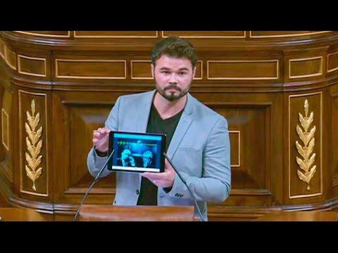 GABRIEL RUFIÁN (ERC) saca una 'tablet' en el Congreso con el AUDIO de FERNÁNDEZ DÍAZ