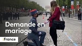Un soldat fait sa demande en mariage en marge du défilé du 14-Juillet