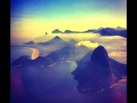 Mart'nalia - Pé do meu samba (legendado)