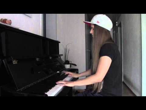 Axwell ingrosso sun is shining acoustic guitar arr - Ingrosso bevande piano tavola ...