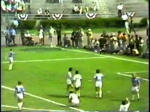 North American Soccer League 1975: Cosmos x Dallas